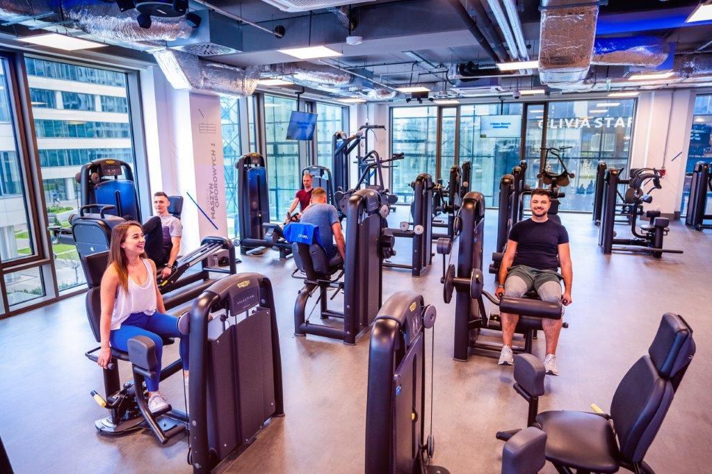trening-FBW-full-body-workout-na-silowni